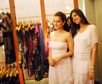Amisha Patel, Nishka Lulla at New Collection Preview The Fashion Store, Charni Road, Mumbai, 30th September, 2009