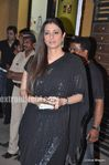 Sexy tabu at the Filmfare Awards 2010 (3)