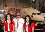 Kingfisher chief Dr.Vijay Mallaya with Kingfisher Air hostess