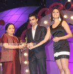 Power to the Pen Award was presented to Writer Madhu Kishore by Pankaj Advani   Aarti Chabaria