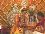 Aishwarya Rai Abhishek Bachan Wedding Photos,who got married on 20th April 2007 (9)