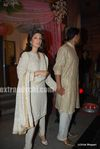 Akshay kumar with wife Twinkle Khanna at DR PK Aggarwal s daughter s wedding (1)