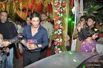 shahrukh khan at wedding of Mushtaq Sheikh sister Najma (2)