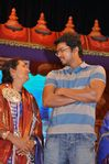 Ilayathalapathi Vijay, Sangeetha and Vijay's mother Shoba Chandrasekar at Chennaiyil Thiruvaiyaru 2009