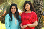 Actress Meena and Meera Jasmine in Mariyadhai  movie