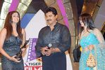Varalakshmi with father Sarathkumar and Priyamani at Filmfare Awards Function