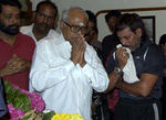 K Balachander pays his respect to actor Nagesh