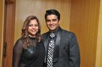 Madhavan with wife at Filmfare Awards 2008 Function