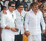 Sarathkumar, Rajini, Vijayakanth at Hogenekkal water issue hunger strike