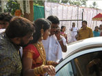 Navya Nair arriving for wedding at Alleppy district of Kerela (3)