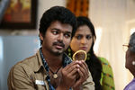 Vijay and Anushka Shetty in Vettaikaran Movie (13)