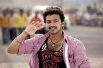 Vijay and Anushka Shetty in Vettaikaran Movie (29)