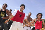 Vijay and Trisha Krishnan in Kuruvi