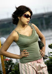 Shriya Saran in Kandasamy aka Mallana movie
