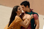 Actress Asin and Aamir Khan in Ghajini Hindi Movie