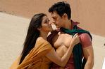 Actress Asin and Aamir Khan in Ghajini Hindi Movie