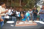 Actress Priyamani Birthday celebration on the sets of RaktaCharitra (1)