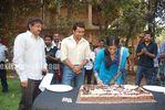 Actress Priyamani Birthday celebration on the sets of RaktaCharitra (4)