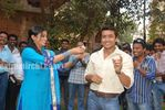 Actress Priyamani Birthday celebration on the sets of RaktaCharitra (8)