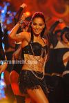 Bipasha Basu performs at the Micromax IIFA Awards 2010