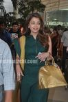 Aishwarya Rai Return to Mumbai After Raavan Promotions in Hyderabad (1)
