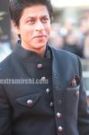 Shahrukh Khan  and Gauri Khan at Raavan premiere in London (1)