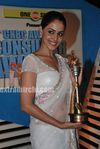 Genelia at  the CNBC Awaaz Consumer Awards 2010 (9)