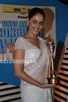 Genelia at  the CNBC Awaaz Consumer Awards 2010 (9)