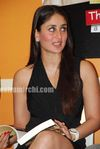 Hot Kareena Kapoor at 3 Idiots book launch