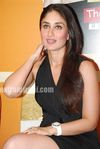 Hot Kareena Kapoor at 3 Idiots book launch (11)