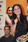 Hot Kareena Kapoor at 3 Idiots book launch (5)