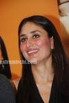 Hot Kareena Kapoor at 3 Idiots book launch (7)