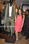 Kareena Kapoor at Zara store launch  in mumbai (8)