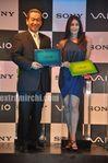 Kareena Kapoor unveils Sony VAIO E Series laptops (1)