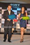 Kareena Kapoor unveils Sony VAIO E Series laptops (2)
