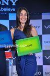 Kareena Kapoor unveils Sony VAIO E Series laptops (5)