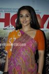 Vidya Balan at Ishqiya Bookmyshow com contest winners event (11)