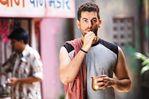 Neil Nitin and Deepika in the movie Lafangey Parindey (12)