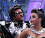 Aishwarya Rai and Rajini in Endhiran the robot movie (2)