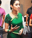 Tamannaah in gorgeous green saree photo (9)