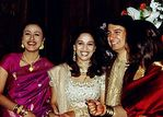 Madhuri Dixit and Shriram Nene at their wedding (6)