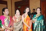 Beautiful Sneha in silk saree (6)
