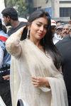 Shriya Saran (12)