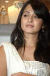 Anushka Photo (1)