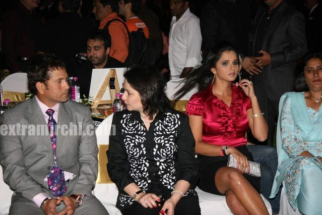 Sachin Tendulkar With Wife Anjali At Sports Illustrated
