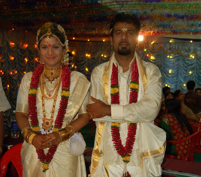 South Indian And Bollywood Actress Rambha Buisnessman Indra Kumar Wedding Pictures