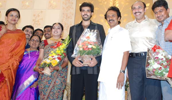 Mk Stalin With Udhayanidhi At Sibiraj And Revathi Wedding Reception