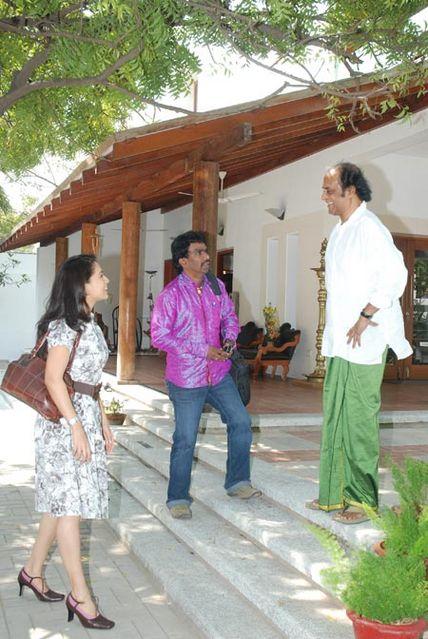 Rajini kanth pooja meets rajinikanth at his poes garden Jayalalitha house poes garden photos
