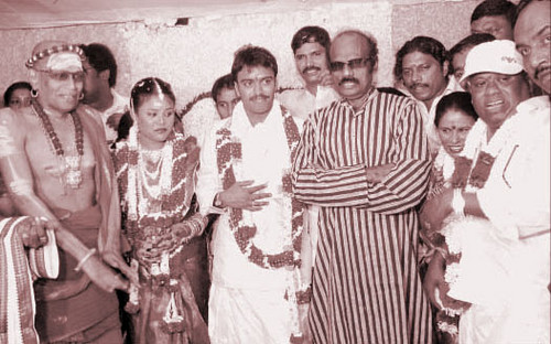 http://www.extramirchi.com/wp-content/uploads/2008/02/senthil-son-marriage.jpg
