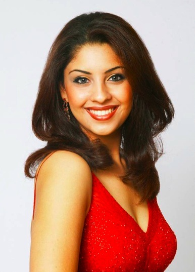 hot and sexy richa gangopadhyay, hot richa gangopadhyay in bikini, hot richa gangopadhyay wallpapers and photos, hot richa gangopadhyay boobs/breasts